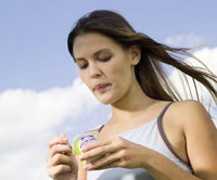 Yogurt fortifi ed with a patented combination of oat and palm oils improves weight maintenance in overweight women.
