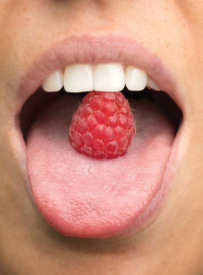 Mouth and raspberry