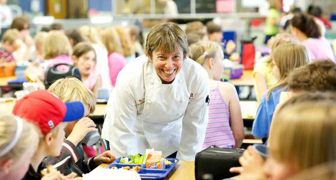 Chef Ann Cooper with school kids